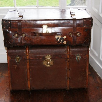 Finnigans leather trunk and Moritz Madler trunk - Furniture