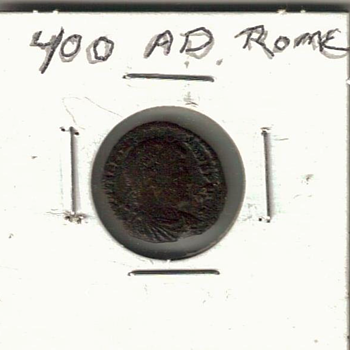 ROMAN  COIN  400 AD  - World Coins