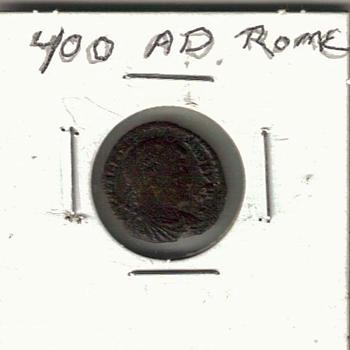 ROMAN  COIN  400 AD  - World Coins
