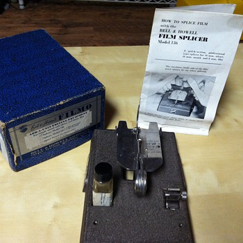 Bell & Howell Filmo 'Add-a-unit' Splicer, Model 136 - Cameras