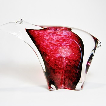 LARSON   - Art Glass
