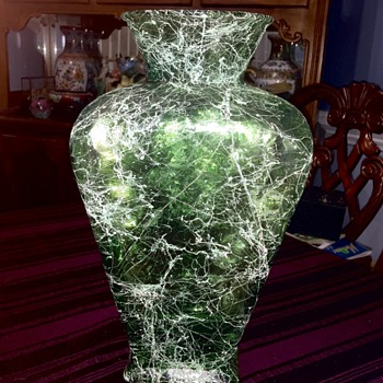 Spanish glass vase - Art Glass