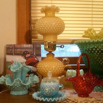Stunning Fenton Honey Amber Hobnail Overlay Finger Lamp - Glassware