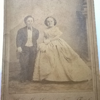 Mr. and Mrs General Tom Thumb - Cards