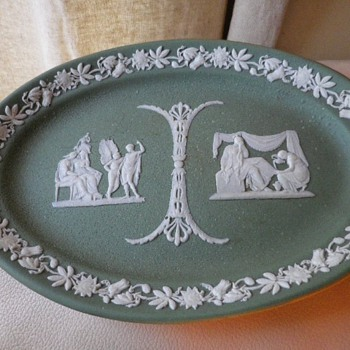 "1881 Green Jasperware Wedgwood 9"" Platter - Looking For Value? - China and Dinnerware"