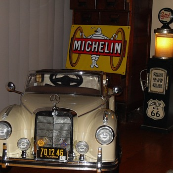 Mercedes 300s Child driver education vehicles. - Toys