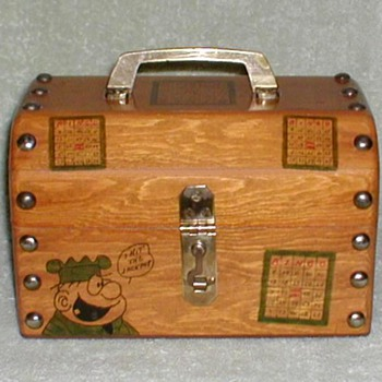 """Beetle Bailey"" Wooden Bingo Chest"