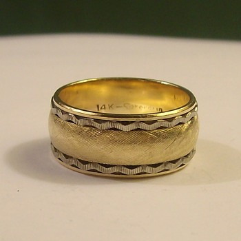 "Vintage ""Wide"" Wedding Band in 14k 3-Tone"