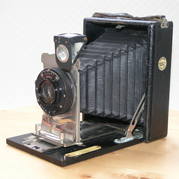 Thornton-Pickard Imperial Pocket Camera No. 0, 1921. - Cameras