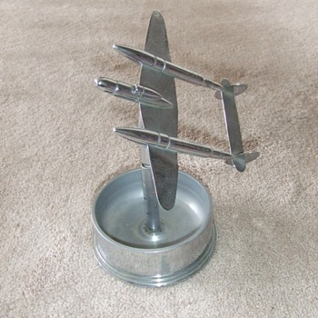 P-38 Trench Art ashtray - Military and Wartime