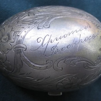 Imperial Russian silver egg purse