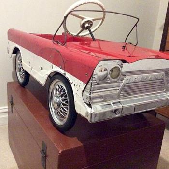 pedal cars from the Uk - Petroliana