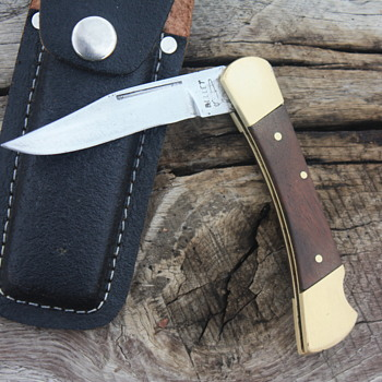 'BULLET' Brand FOLDING LOCKBACK KNIFE with LEATHER SHEATH made in PAKISTAN