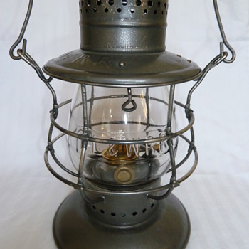 Delaware, Lackawanna &amp; Western Railroad Lantern