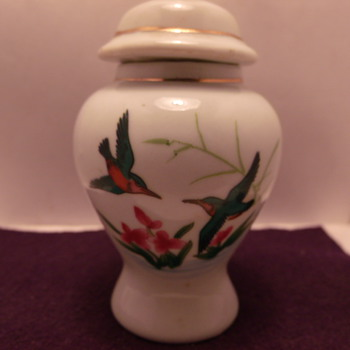 Small Urn With Hummingbirds