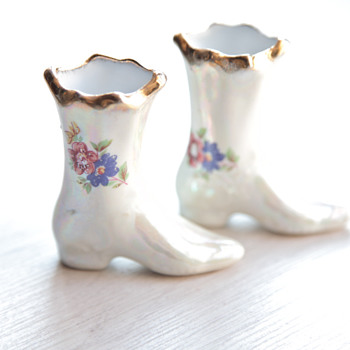 Cute porcelain boots - Art Pottery