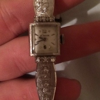 LE Coultre ladies 14k watch  - Wristwatches