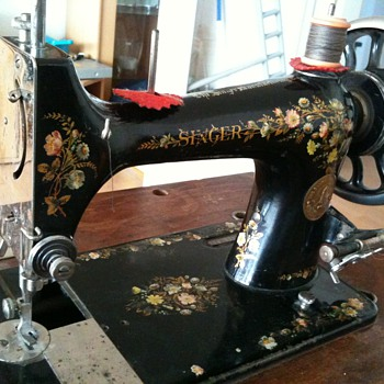 1895 Singer 39-2 - Sewing