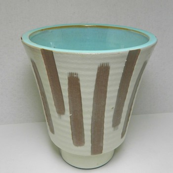 Mid-Century Modern Art Pottery Vase - Total Mystery - Art Pottery