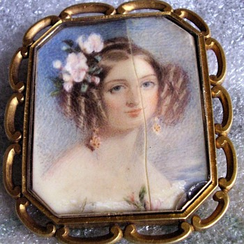 It's Marie, Princess of Leiningen! Thanks you batbrat. Chalon Miniature on Ivory - Fine Jewelry