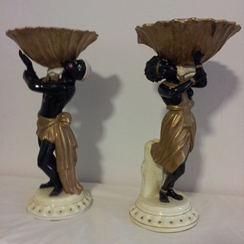 A pair of Italian Maiolica Blackmoor figurines - Figurines