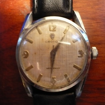 1950s Croton with great lugs, Linen textured dial with great patina