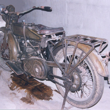 1918 Harley - Motorcycles