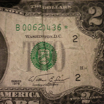 1976 two dollar bill With a star