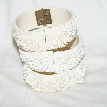 Vintage Cream-Coloured Celluloid Clamper Bracelet  # 3