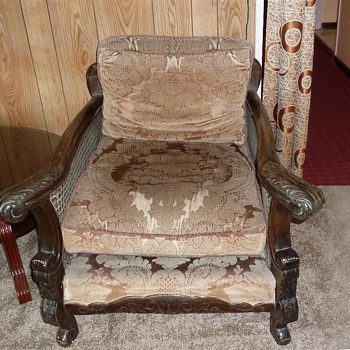 really old historical furniture, but don't know exactly what it is....
