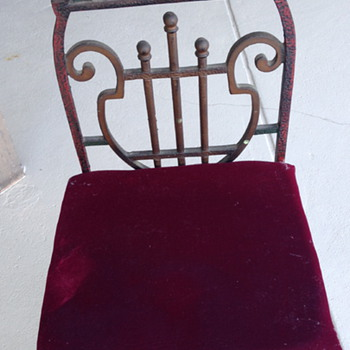 cast iron Music chair