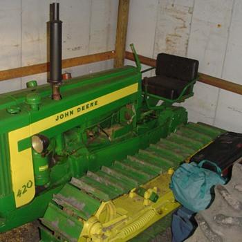 John Deere 420 4 roller crawler - Tractors