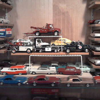 These tow trucks and promos are all in the same year era... - Model Cars