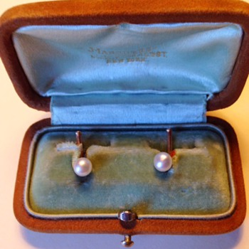 Marcus and Co gold - pearl cufflinks (with original box)