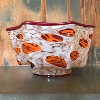 Kralik -knuckle bowl with tiger canes - Art Glass