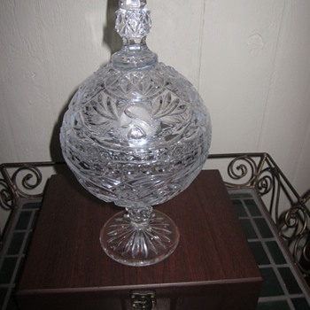 Crystal Glass Pedestal Round Candy Bowl with Lid and  Etched Design