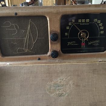 """""""Zenith Companion"""" Portable Radio. Circa 1924?"""