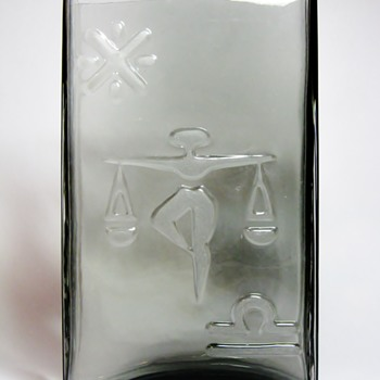 WIKTOR BERNDT FOR FLYGSFORS - SWEDEN  C.1960's - Art Glass