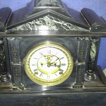 Ansonia marble and cast iron mantle clock - Clocks