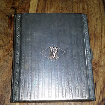 Antique cigarette case - Tobacciana