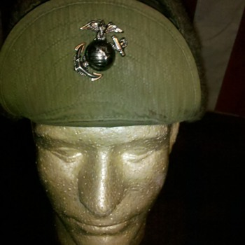 Korean War M-51 winter cap, with USMC EGA insignia