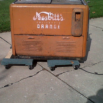Coca Cola?  No this is a Nesbitt's Cooler