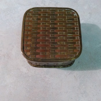 COPPER BASKET WEAVE BOX
