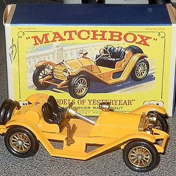 Matchbox Yesteryear Y-7 Mercer Raceabout - Model Cars