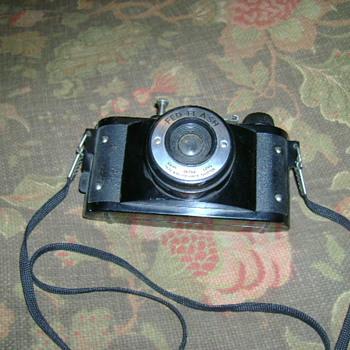Cool vintage Camera - Cameras