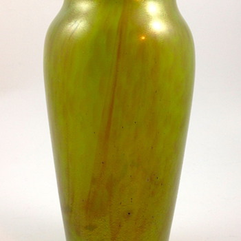 "Loetz ""New Wave Art Nouveau"" vase, ca. 1920s, Prod. Nr. Unknown"