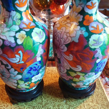 Chinese Vases with wood stands, only bidder $4.99   Cute!