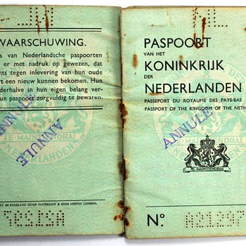 1944 Dutch passport - UK print - Paper