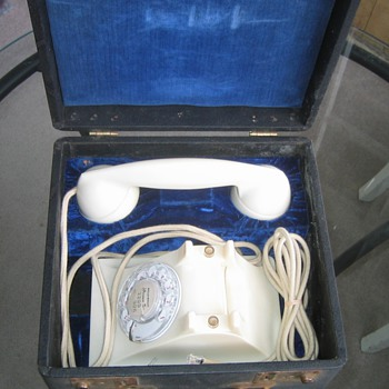 Padded Blue Velour Lined Box for WE 302s - Telephones