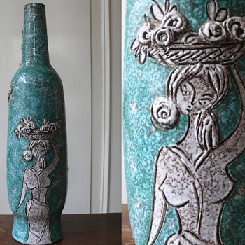 my three italian graces  - Art Pottery